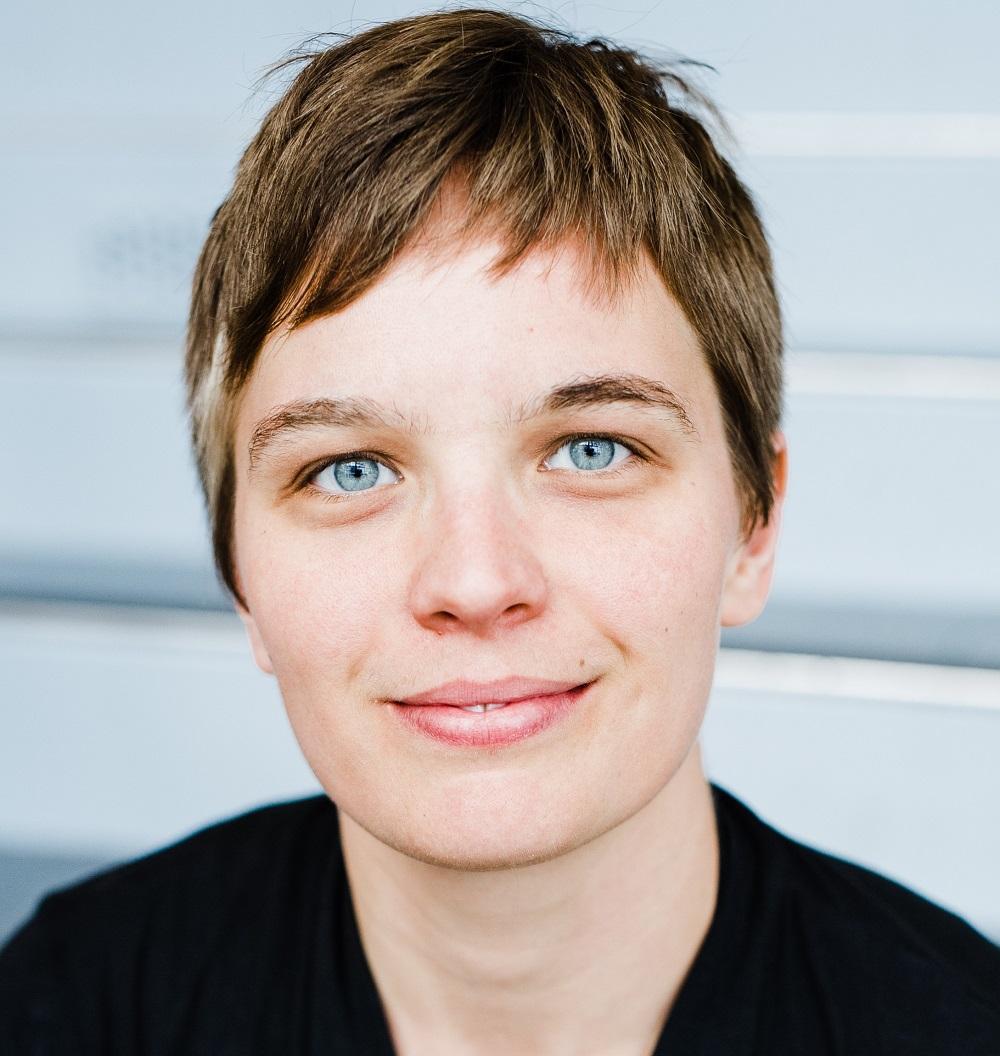 Lora Wichser, MD