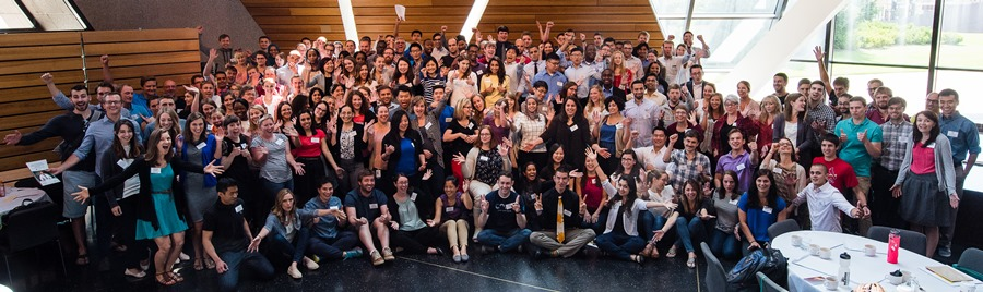 Group of 185 new incoming residents and fellows