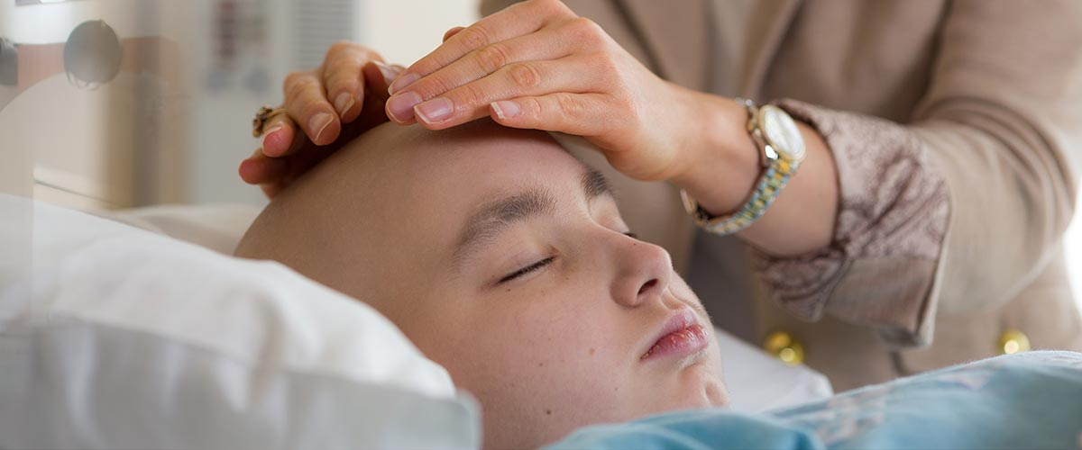 Twelve-year-old Alexis Barton found that Reiki treatments by Megan Voss, D.N.P., throughout the process of her stem cell transplant reduced her pain and anxiety.