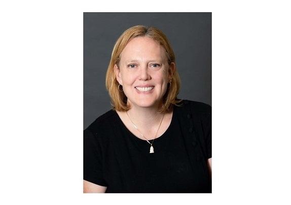Headshot of Dr. Leslie Morse
