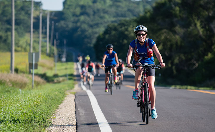 Photo of Chainbreaker cyclists on the road
