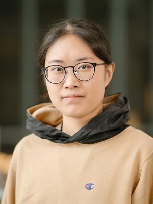 Portrait of Yanjun Chen